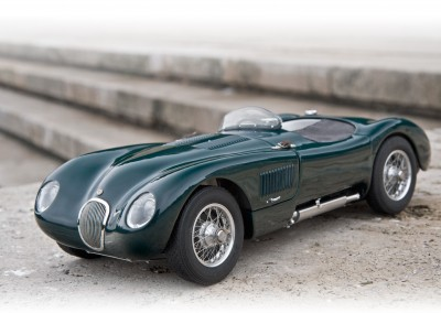 CMC Jaguar C-Type 1/18