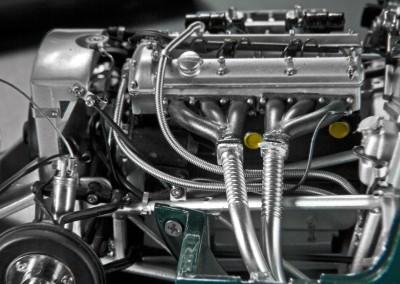 CMC Jaguar C-Type 1/18